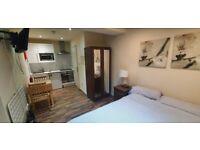 Comfy Studio Flat £900pcm   In Willesden Green (jubilee line/zone 2)   Private Patio   ref. 09B-06C