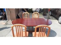 Extendable mahogany table and 4 chairs
