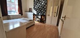 1 Bed room, close to transport, university, city centre, supermarkets, shpos, in council tax, inter
