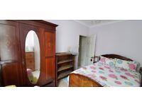 Single Room 11x9 - £120 all bills included. 2 wks down, 1 week in advance, 2 wks notice.