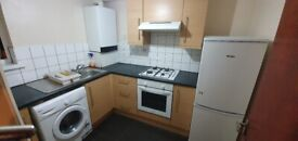 Modern 1 Bedroom Flat With Separate Kitchen. Walking distance to Plumstead Station. DSS CONSIDERED