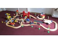 WOODEN TRAIN SET IN VERY GOOD CONDITION ALL ROUND. £25