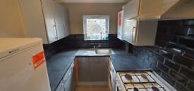 Lovely 3 Bed Flat / East Ham, High Street South / Furnished or Unfurnished / Available NOW !!!