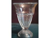 Knickerbocker Glory Vintage Retro Look Milkshake Sundae Dessert Clear Glass.