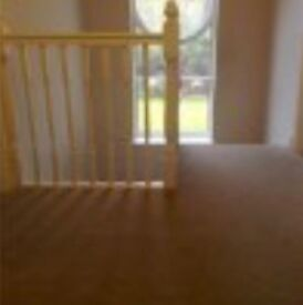 Large double rooms, fitted wardrobes, NO FEES!!