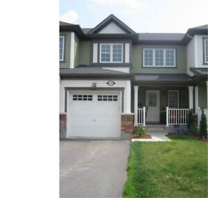 ORLEANS/AVALON - WIDELOT NEWLY BUILT TOWNHOUSE