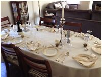 Gorgeous vintage Dining Table and 6 chairs