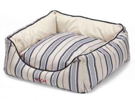 Small Snooza Dog Bed Brand New