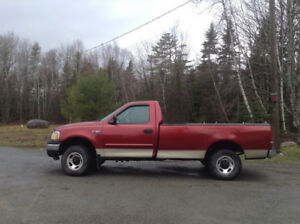 NEW PRICE !  2000 FORD F150  4x4