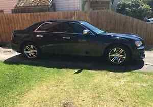 2014 Chrysler 300 Sedan **12 MONTH WARRANTY**