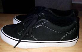 Vans Atwood - black/white - Size 6
