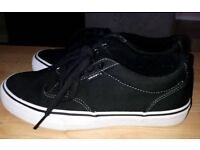 Vans Atwood - black/white - Size 6
