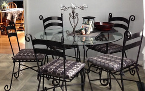 Beautiful, Sturdy Glass/Cast Iron Table w/6 chairs from Pier 1