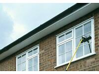 NEWPORT AND TORFAEN WINDOW CLEANERS. ONE OFF CLEANS/4, 8 OR 12 WEEK CLEANS