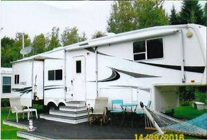 Fifth Wheel 37': Des vacances clé en main !