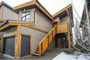 Beautiful Canmore 2 bed townhouse for sale in Three Sisters