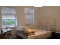 BEAUTIFUL DOUBLE ROOM IN A NICE AREA WITH PROFESSIONAL MUSLIM COUPLE, TOP FLOOR & SEPARATE BATH