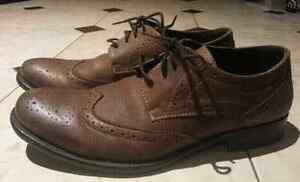 Brown Hush Puppies Dress Shoes - Size 9