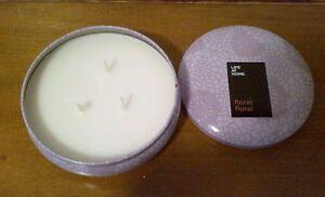 Candle in tin- Floral Scent (NEW)