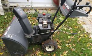 Snowblower Souffleuse a neige Craftsman 10/28 Power Steering
