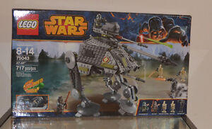Brand New In Box LEGO Star Wars AT-AP