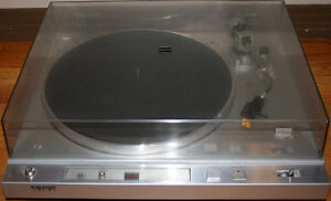 Sony PS-X35 Direct Drive Turntable / Record Player