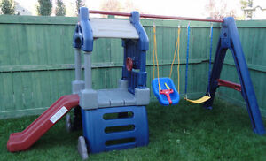 Little Tikes Clubhouse Swingset in Like New Condition $300