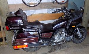 Parting out Goldwing GL1200 Aspencade
