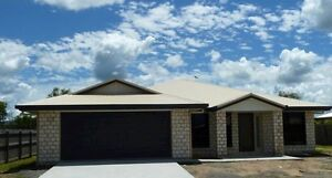 1 WEEK FREE - PRiVATE 4 Bedroom 2 Bathroom Large Family HOME West Mackay Mackay City Preview