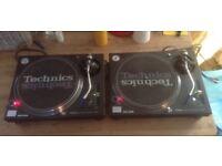 X 2 Technics SL-1210 M3D turntables with ortofon needles + Denon amp + Citronic mixer