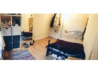 Double Room to Rent in Central Montpelier Houseshare