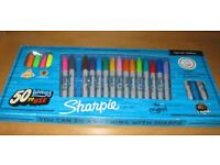 LOVELY PACK OF 23 SHARPIE PENS - ALL DIFFERENT COLOURS AND ALL GOOD WORKING ORDER