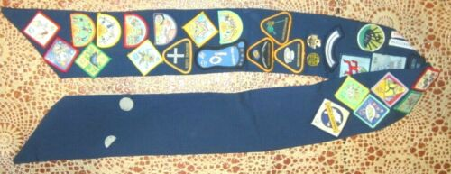 Brownie Sash with Cloth and Metal Badges Western Australia Girl Guides