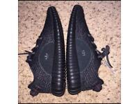 Yeezys adidas 350 Boost Black