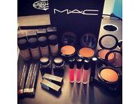 Free Makeup ( MAC )