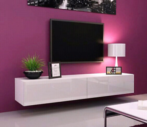 installation de tele au mur , wall mounting tv , montage solide