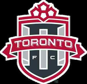 TFC KNOCKOUT TICKETS 9 ROWS UP CENTRE FIELD WEDNESDAY @BMO