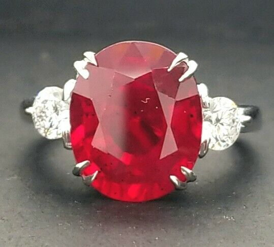 14k white gold 6.64ct. Engagement ring NATURAL OVAL  SHAPE RUBY