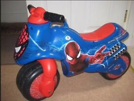 Spiderman foot to floor balance bike