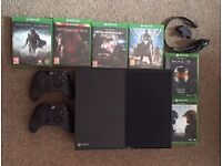 XBOX ONE - 500GB - 2 CONTROLLERS - 6 GAMES - HEADSET - £230 - W1 or E17