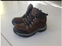 Boys Trespass walking boots size 1