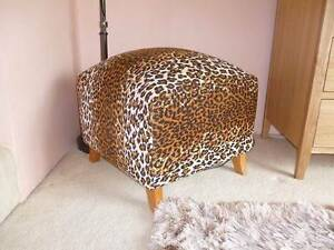 Animal print cushioned stool Sylvania Sutherland Area Preview