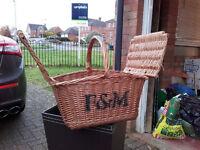 Fortnam & Mason Woven wood Picnic Basket