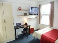 ▲• Captivating Double +HDTV in Docklands Area ■ 10 min to Canary Wharf or Stratford. FREE WiFi •▲