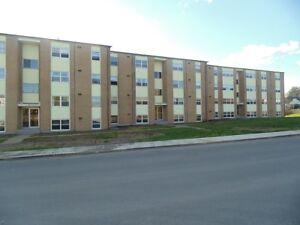 3 Bedroom apartment $695! Limited time offer!