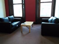 IDEAL AND SPACIOUS 3 BEDROOM HMO FLAT IN CITY CENTER. CLOSE TO DUNDEE AND ABERTAY UNIS. (91COM2R)