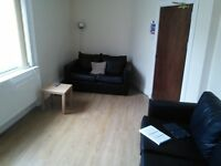 LOVELY AND SPACIOUS 5 BEDROOM STUDENT FLAT IN DUNDEE CITY CENTRE, CLOSE TO UNIVERSITIES (18CM1R)