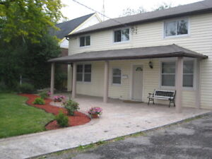 3 bedroomed apartments for rent in Burlington