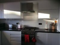 Three bed rooms flat to let