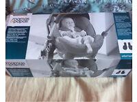 Mama & papas car seat adaptors